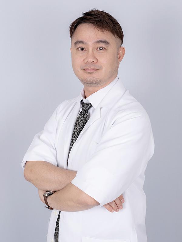 Dr. Nicholas Pangil PHI Clinic Malaysia